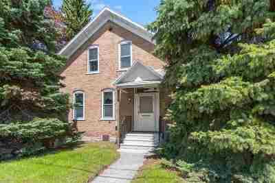 Green Bay Single Family Home Active-No Offer: 1488 Shawano