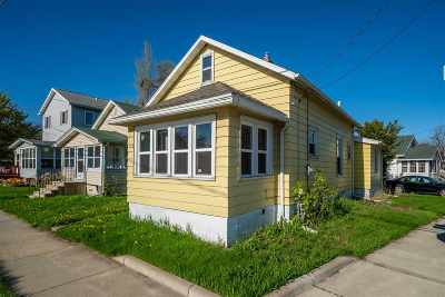 Oshkosh Single Family Home Active-No Offer: 355 Bowen