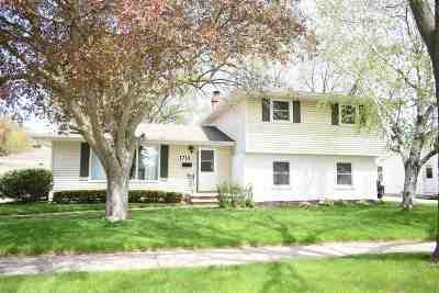 Appleton Single Family Home Active-No Offer: 1712 E Byrd
