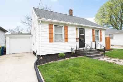 Green Bay Single Family Home Active-No Offer: 418 Hartung