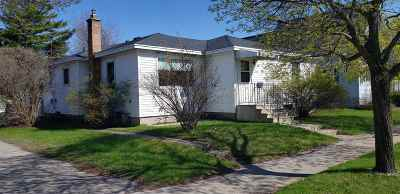 Marinette Single Family Home Active-No Offer: 1318 Shore