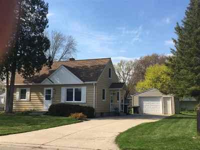 Green Bay Single Family Home Active-Offer No Bump: 2572 Tulip