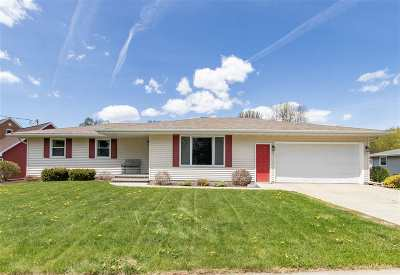 Kaukauna Single Family Home Active-Offer No Bump: 1210 State