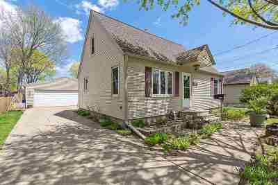 Green Bay Single Family Home Active-No Offer: 1659 Mason