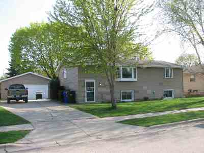 Kaukauna Single Family Home Active-Offer No Bump: 509 Willow