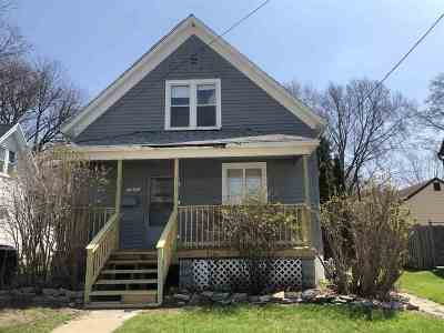 Green Bay Single Family Home Active-No Offer: 316 Gray