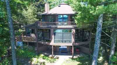 Waupaca Single Family Home Active-No Offer: E1171 Round Lake