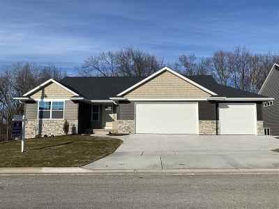 Green Bay Single Family Home Active-No Offer: 3333 Largo Ridge