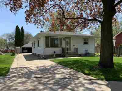 Oshkosh Single Family Home Active-Offer No Bump-Show: 1640 Elmwood