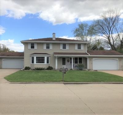 Appleton Multi Family Home Active-Offer No Bump: 3509 Crestview