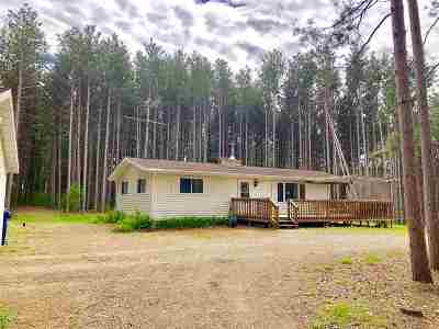 Waupaca Single Family Home Active-Offer No Bump: 7679 Evergreen