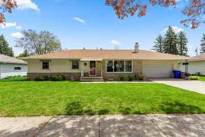 Appleton Single Family Home Active-No Offer: 1744 N Gillett