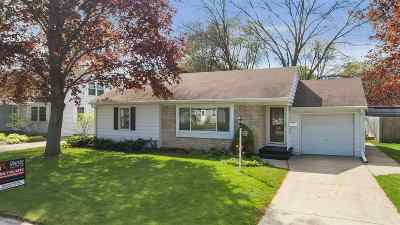 Green Bay Single Family Home Active-No Offer: 1144 Meacham