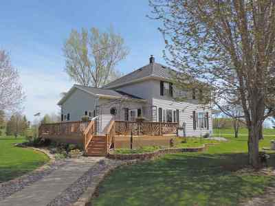 Oconto Falls Single Family Home Active-Offer No Bump: 8151 Hwy K