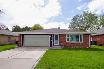Green Bay Multi Family Home Active-No Offer: 319 Bellevue
