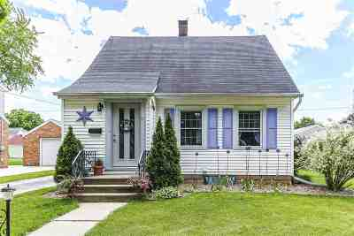 Kaukauna Single Family Home Active-No Offer: 421 Whitney