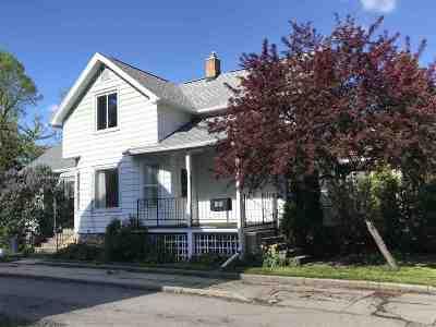 Oshkosh Single Family Home Active-No Offer: 333 Saratoga