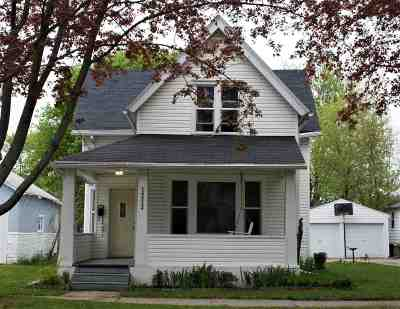Green Bay Single Family Home Active-No Offer: 1213 Cass