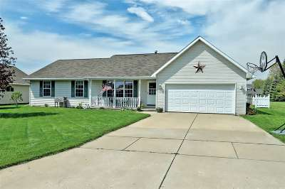 Wrightstown Single Family Home Active-Offer No Bump: 555 Fieldcrest