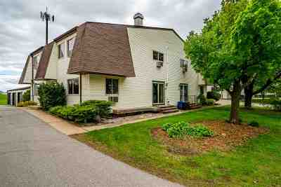 Neenah Condo/Townhouse Active-Offer No Bump-Show: 827 Kay