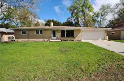 Green Bay Single Family Home Active-Offer No Bump: 2247 Maccaux