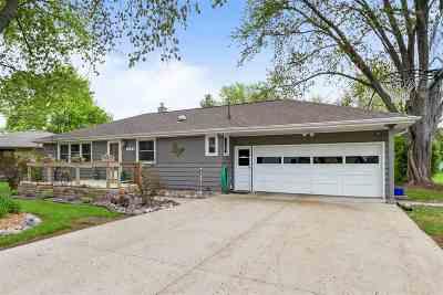 Menasha Single Family Home Active-Offer No Bump: 1151 Lakeshore