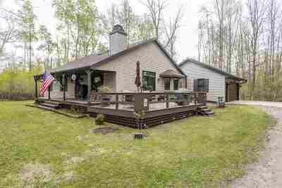 Oconto County Single Family Home Active-No Offer: 4883 Sampson