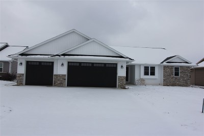 Wrightstown Single Family Home Active-No Offer: 450 Longwood