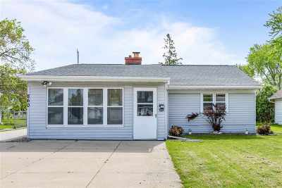 Neenah Single Family Home Active-Offer No Bump: 860 Hunt
