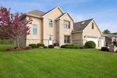 De Pere Single Family Home Active-Offer No Bump: 3985 Garrett