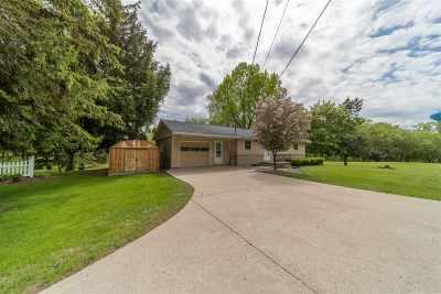 Appleton Single Family Home Active-Offer No Bump: W5865 Hwy Kk