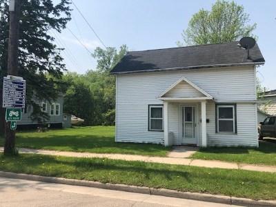 Oconto Single Family Home Active-No Offer: 336 Main
