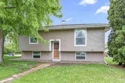 Menasha Single Family Home Active-Offer No Bump: 729 11th