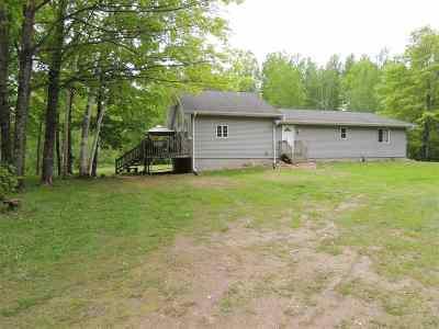 Oconto County Single Family Home Active-No Offer: 9495 Kinzinger