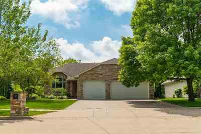 Appleton Single Family Home Active-Offer No Bump: 4401 N Windingbrook