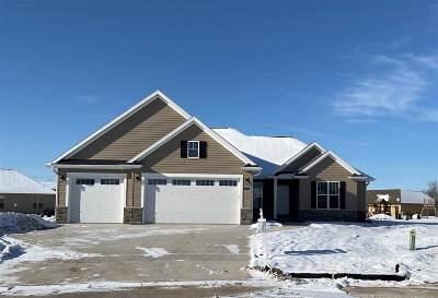 Appleton Single Family Home Active-No Offer: 3629 Golden Hill