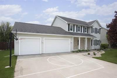 Appleton Single Family Home Active-No Offer: 3131 E Gazebohill