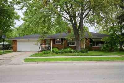 Green Bay Single Family Home Active-No Offer: 1121 Abrams