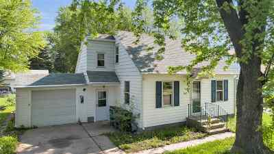 Green Bay Single Family Home Active-No Offer: 1447 Mc Cormick