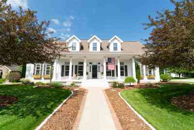 Appleton Single Family Home Active-Offer No Bump: 8 Brookwood