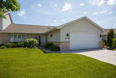 Green Bay Condo/Townhouse Active-No Offer: 1510 River Pines #C