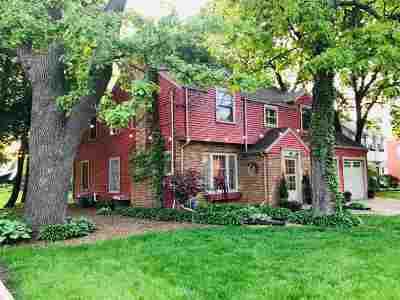Menasha Single Family Home Active-Offer No Bump: 337 Winnebago