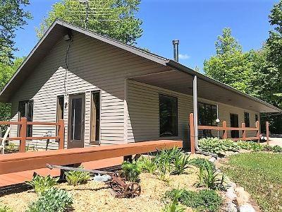 Oconto County Single Family Home Active-Offer No Bump-Show: 18202 Pickerel Lake