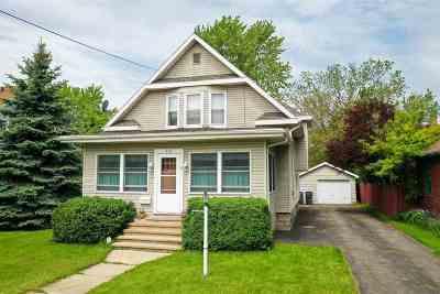 Neenah Single Family Home Active-Offer No Bump: 215 Oak