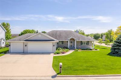 Neenah Single Family Home Active-No Offer: 1322 Spike