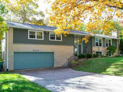Green Bay Single Family Home Active-No Offer: 3038 Bay View