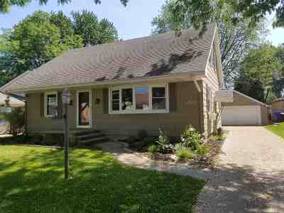 Appleton Single Family Home Active-Offer No Bump: 1712 S Jackson
