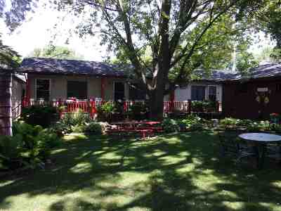 Multi Family Home Active-No Offer: 209 Doty
