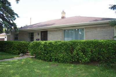 Appleton Single Family Home Active-Offer No Bump: 2302 N Racine