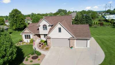 Howard, Suamico Single Family Home Active-Offer No Bump: 934 Pinecrest